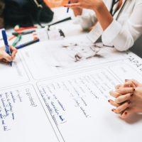 4 pensamentos das pessoas que tiram ideias do papel
